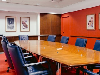 applications-custom-conference-table
