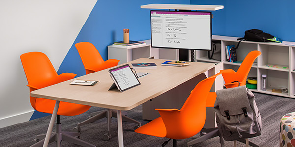 active learning classrooms and technology - steelcase education - verb