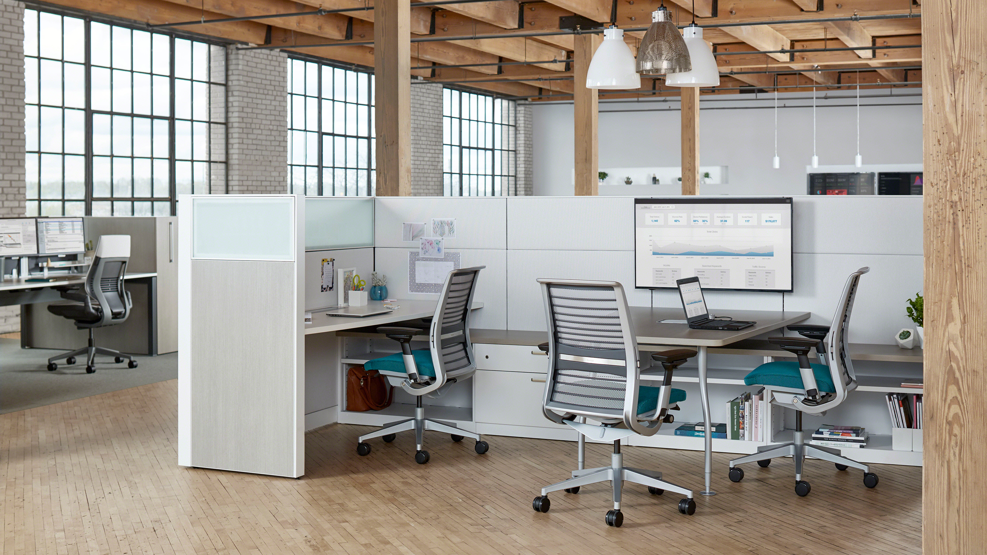 Wondrous Three Options For Getting Rid Of Used Office Furniture Home Interior And Landscaping Analalmasignezvosmurscom